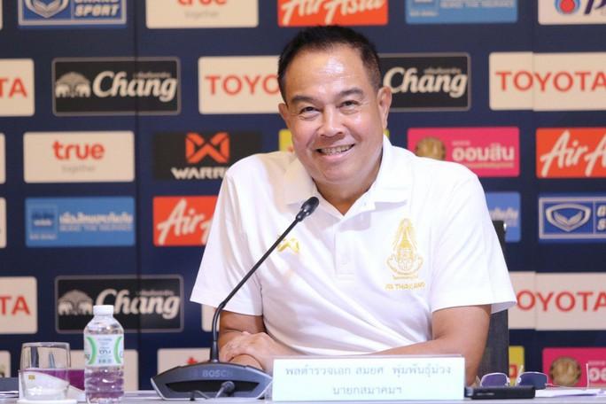 Bóng đá Thái Lan có sa sút cũng không bất ngờ!  - Ảnh 1.