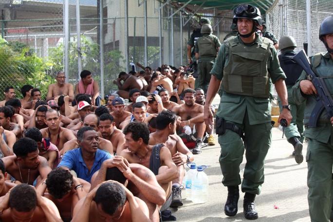 Venezuela: Tù nhân và lính canh hỗn chiến, 29 người thiệt mạng - Ảnh 1.