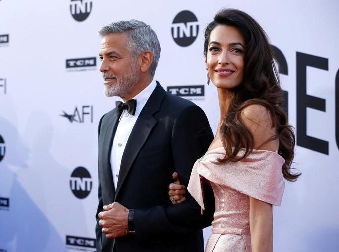 George Clooney lo an nguy gia đình khi vợ chống IS - Ảnh 3.