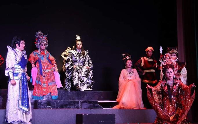 Chung Vô Diệm cháy vé, Chí Linh – Vân Hà hào hứng dựng tuồng mới - Ảnh 6.