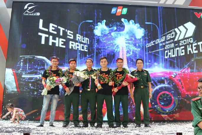 Học viện Kỹ thuật quân sự giành giải thưởng 1,2 tỉ đồng của Cuộc đua số mùa 3 - Ảnh 1.