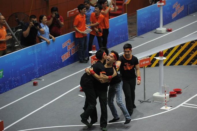 Học viện Kỹ thuật quân sự giành giải thưởng 1,2 tỉ đồng của Cuộc đua số mùa 3 - Ảnh 2.