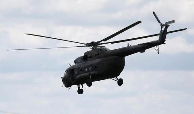 Trực thăng rơi trong lúc chữa cháy, 6 người thiệt mạng - Ảnh 1.