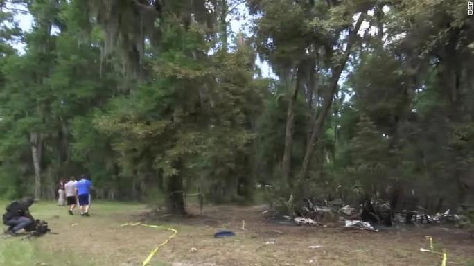 Trực thăng rơi trong lúc chữa cháy, 6 người thiệt mạng - Ảnh 2.