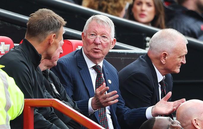 Ferguson tái xuất, Man United đè bẹp Bayern Munich ở Old Trafford - Ảnh 3.