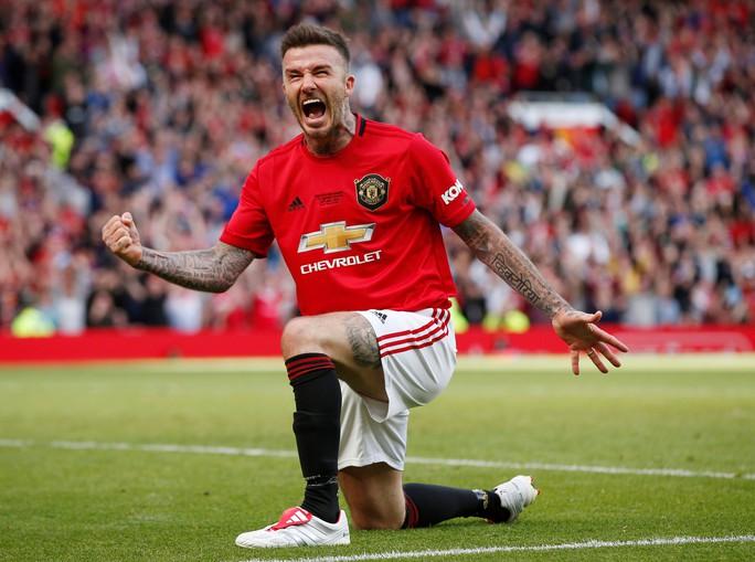 Ferguson tái xuất, Man United đè bẹp Bayern Munich ở Old Trafford - Ảnh 15.