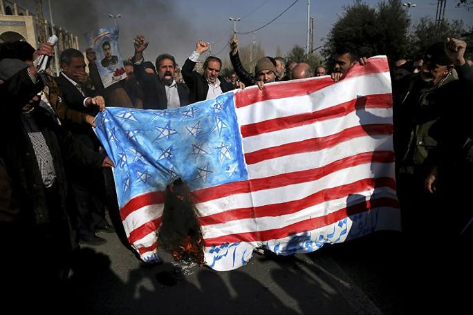 Mỹ chiến tranh với Iran, Nga hưởng lợi - Ảnh 1.