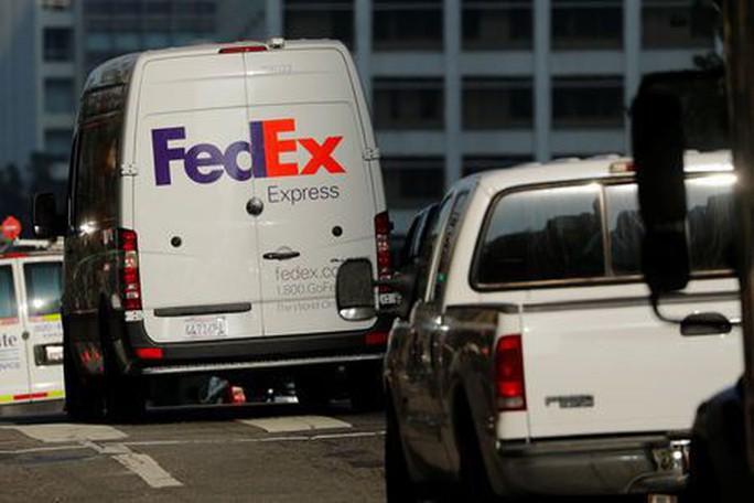 """FedEx bị phản ứng vì """"chặn"""" Huawei chuyển tài liệu thương mại từ Việt Nam - Ảnh 1."""