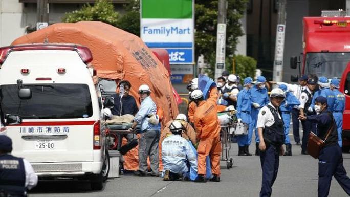 Nhật Bản: 2 người chết, 17 người bị thương trong vụ tấn công bằng dao - Ảnh 6.
