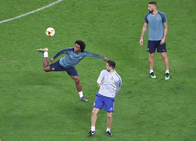 Chelsea tung hỏa mù về việc David Luiz tranh cãi với Higuain khiến Sarri bất mãn? - Ảnh 8.