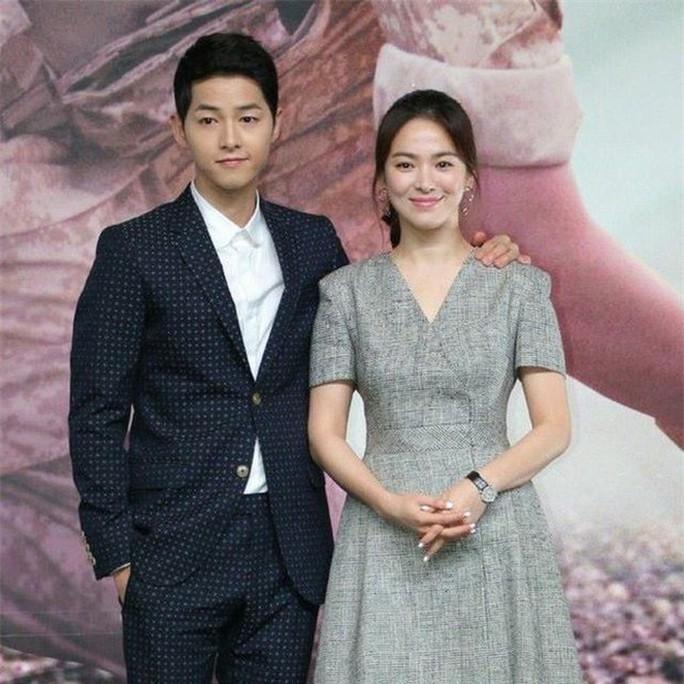 Song Joong Ki lên tiếng về tin đồn ngoại tình, hôn nhân trục trặc - Ảnh 5.