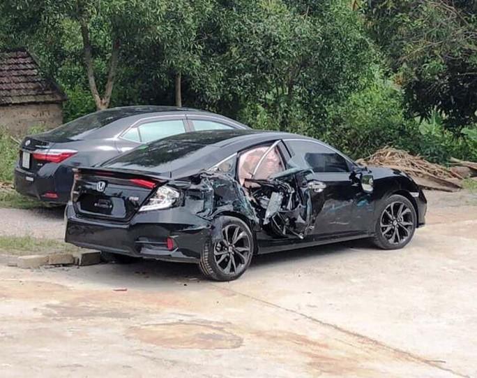 CSGT làm nhiệm vụ nhập viện cấp cứu vì bị xe điên gây tai nạn - Ảnh 2.