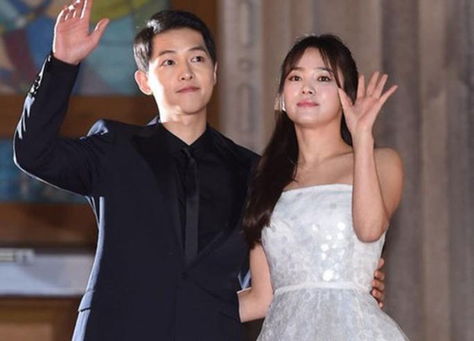 Song Joong Ki lên tiếng về tin đồn ngoại tình, hôn nhân trục trặc - Ảnh 4.