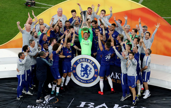 Arsenal đau đớn bởi màn kịch xào xáo nội bộ của Chelsea - Ảnh 1.