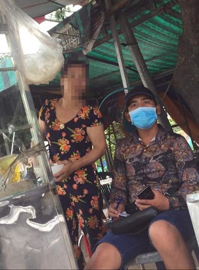 Thanh niên đánh người gần chốt CSGT: Tức vì bị đòi kiểm tra túi xách - Ảnh 3.
