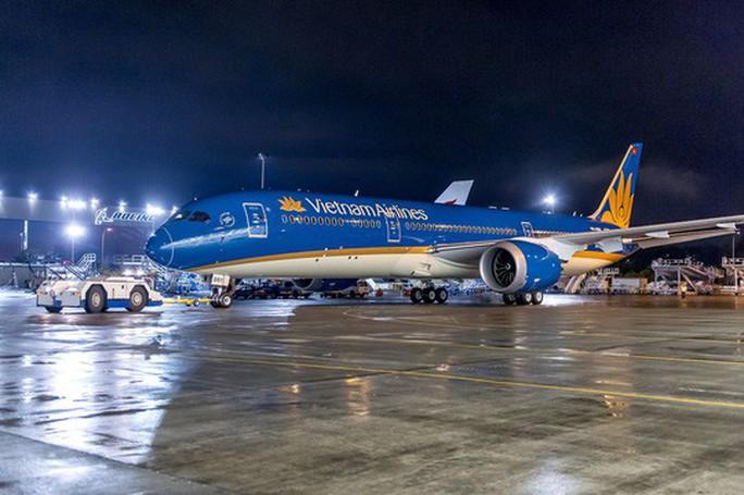 Vietnam Airlines nói gì về  việc hoãn chuyến chờ 1 khách tại Tân Sơn Nhất? - Ảnh 1.