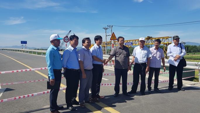 Bàn giao và đưa vào sử dụng cầu Đà Rằng tại Phú Yên - Ảnh 2.