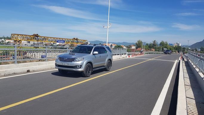 Bàn giao và đưa vào sử dụng cầu Đà Rằng tại Phú Yên - Ảnh 3.