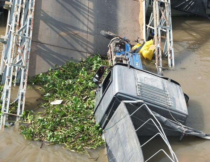 Bộ trưởng GTVT có công điện khẩn sau vụ cầu BOT bị sập  - Ảnh 2.