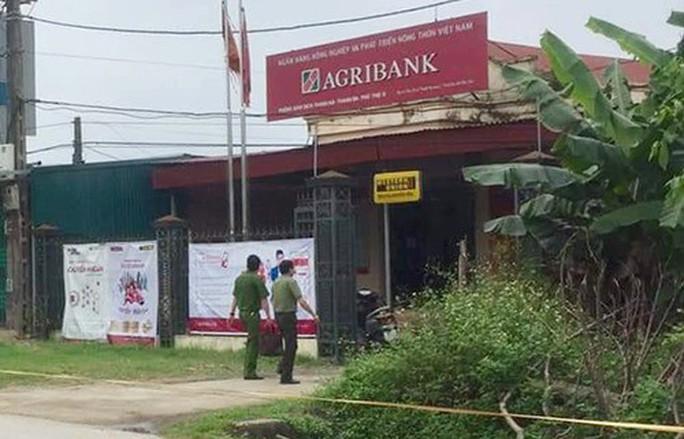Phòng giao dịch Agribank bị cướp ở Phú Thọ hiện ra sao? - Ảnh 1.