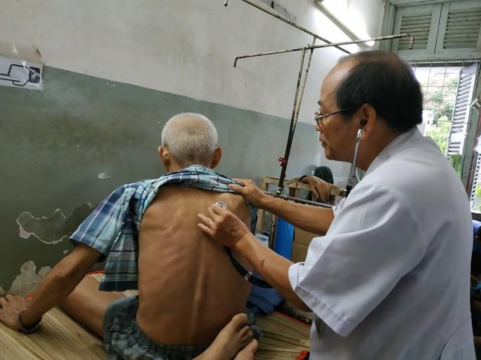 Chủ tịch Hội Ung thư Việt Nam: Ung thư phổi có thể ngừa được! - Ảnh 1.