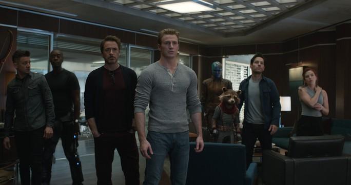 """""""Avengers: Endgame"""" cán mức doanh thu 10 triệu USD tại Việt Nam - Ảnh 2."""