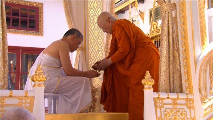 Thái Lan tổ chức lễ đăng quang của Quốc vương - Ảnh 14.