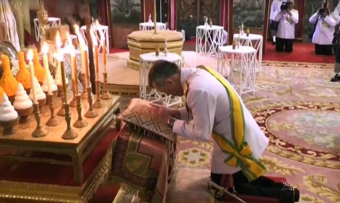 Thái Lan tổ chức lễ đăng quang của Quốc vương - Ảnh 7.