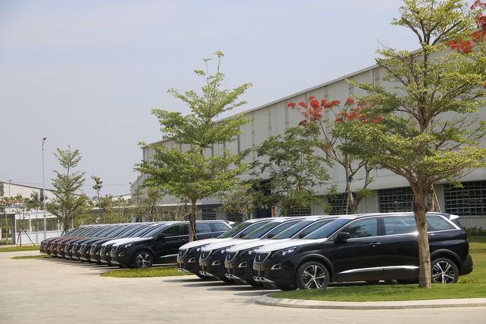Thaco ra mắt xe đa dụng châu Âu Peugeot Traveller giá 1,7 tỉ đồng - Ảnh 3.