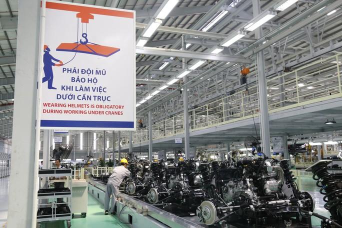 Thaco ra mắt xe đa dụng châu Âu Peugeot Traveller giá 1,7 tỉ đồng - Ảnh 2.