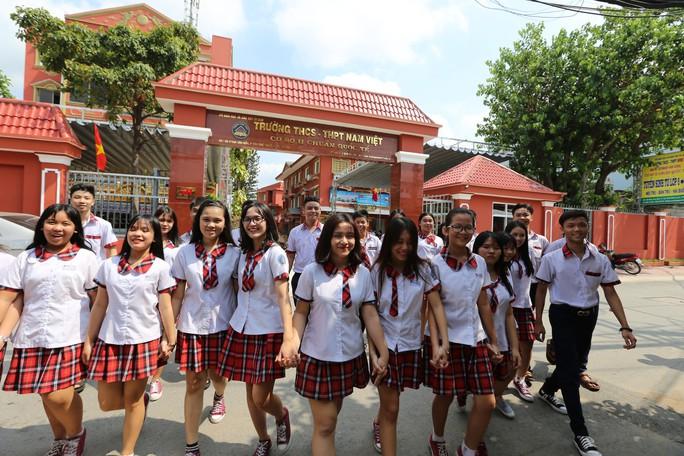 TP HCM: Đình chỉ một cơ sở của Trường THCS-THPT Nam Việt  - Ảnh 1.