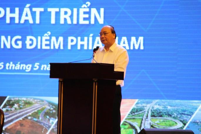Thủ tướng chủ trì hội nghị phát triển Vùng kinh tế trọng điểm phía Nam - Ảnh 1.