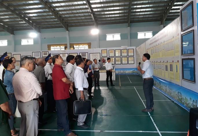 Triển lãm bản đồ khẳng định chủ quyền Hoàng Sa, Trường Sa của Việt Nam - Ảnh 2.