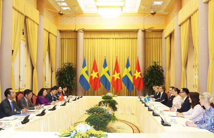Tổng Bí thư, Chủ tịch nước mời Quốc vương và Hoàng hậu Thụy Điển thăm Việt Nam - Ảnh 2.