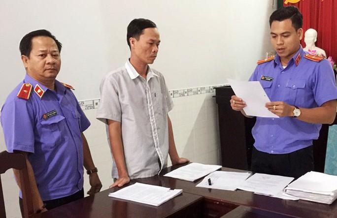 Ra quyết định trái pháp luật, cựu phó chánh án TAND TP Sóc Trăng bị truy tố - Ảnh 1.