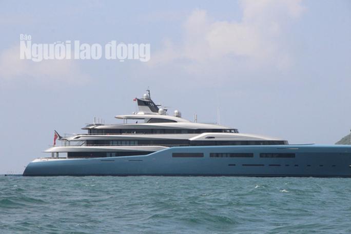 """Siêu du thuyền triệu đô của ông chủ Tottenham đang có mặt ở """"đảo ngọc"""" Phú Quốc - Ảnh 1."""