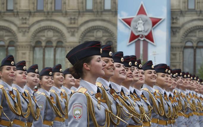 Nga diễu binh rầm rộ mừng Ngày Chiến thắng - Ảnh 9.