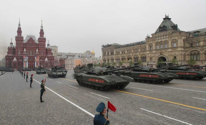 Nga diễu binh rầm rộ mừng Ngày Chiến thắng - Ảnh 5.