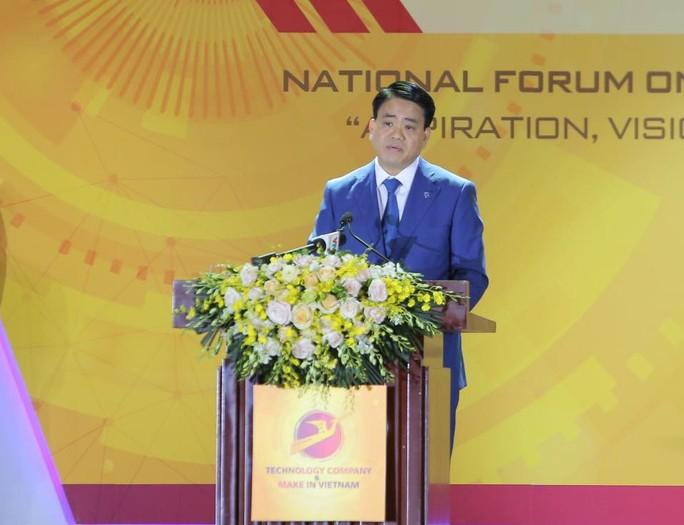 Ông Nguyễn Đức Chung: Công nghệ đã dẹp tình trạng xô đổ cổng trường nộp hồ sơ cho con - Ảnh 1.