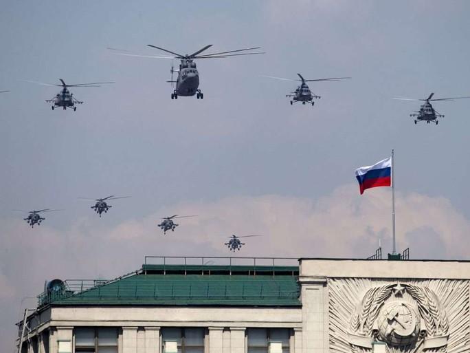 Nga diễu binh rầm rộ mừng Ngày Chiến thắng - Ảnh 15.