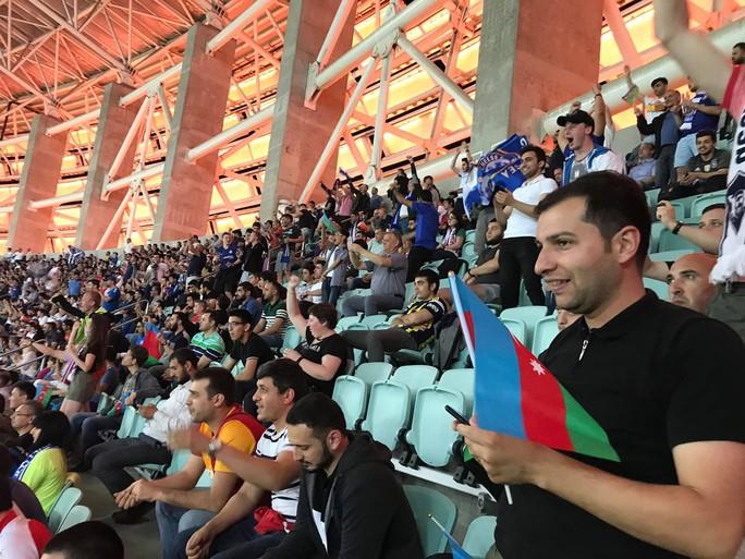 Hành trình sang Baku đáng nhớ của 1 CĐV Chelsea từ Việt Nam - Ảnh 4.