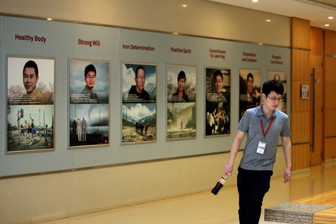 Trung Quốc và Huawei bắt đầu trả đũa Mỹ - Ảnh 2.