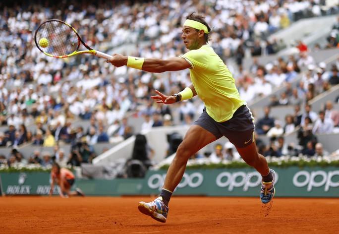Nadal lần thứ 12 vô địch Pháp mở rộng, đe dọa kỷ lục của Federer - Ảnh 2.