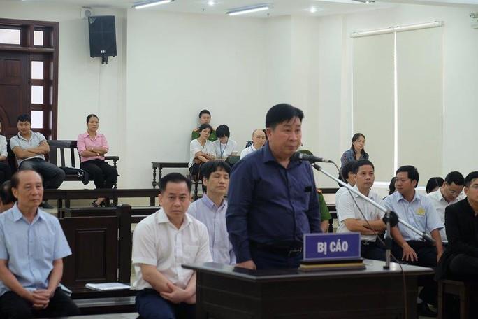 Vũ nhôm dùng bí danh Trần Đại Vũ, Lê Văn Sáu để tự bán cổ phần cho chính mình - Ảnh 4.