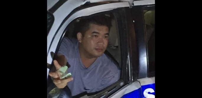 Thông tin danh tính người lái ôtô CSGT tông chết người ở Bình Dương - Ảnh 1.