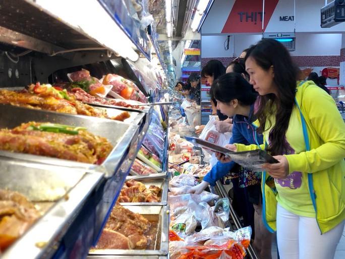 TP HCM chỉ đạo chặn hàng giả gắn mác Made in Vietnam lừa người tiêu dùng - Ảnh 1.