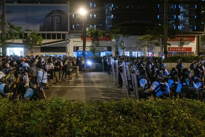 """Báo Trung Quốc: Người biểu tình ở Hồng Kông bị """"dắt mũi"""" - Ảnh 3."""