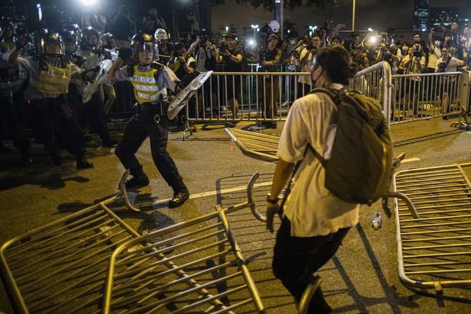 """Báo Trung Quốc: Người biểu tình ở Hồng Kông bị """"dắt mũi"""" - Ảnh 4."""