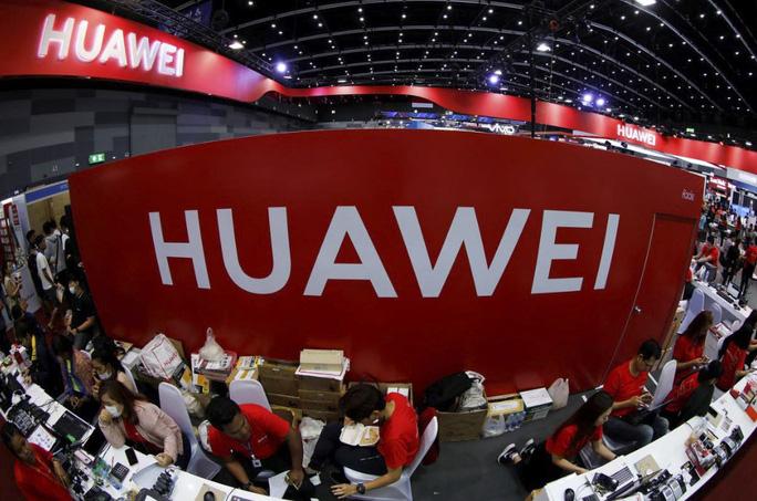 """Huawei """"vỡ mộng"""" nhà sản xuất điện thoại hàng đầu thế giới - Ảnh 1."""