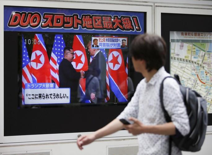 Một năm sau thượng đỉnh, Mỹ-Triều vẫn bế tắc - Ảnh 1.